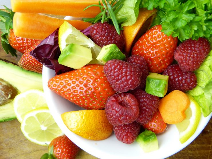 Fruits and vegetables are part of mid-morning snacks in schools. Credit: Pixabay